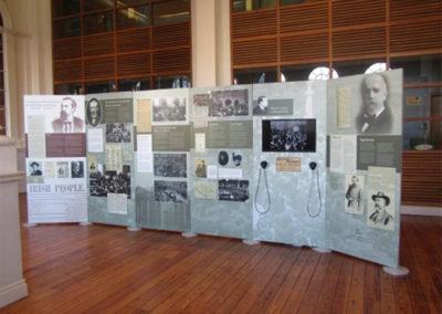 Modular exhibition display
